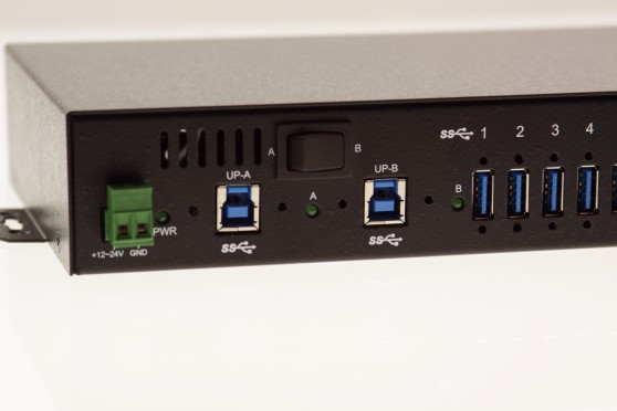 Industrial 16-Port USB 3.0 Din-Rail/WallMount Hub with output up to 1.5A Charging per port